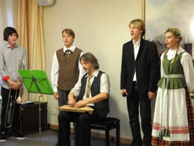 Lietuvių liaudies meno sklaida