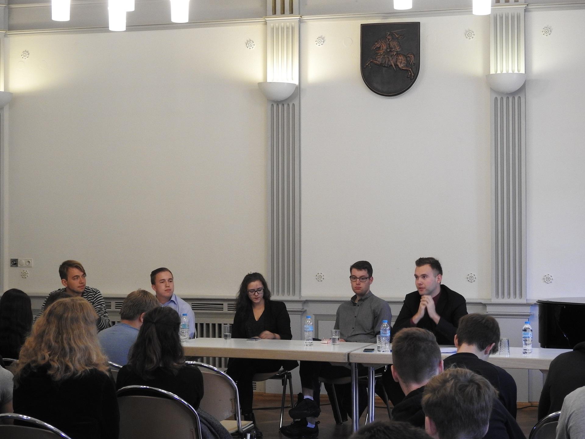 Podiumo diskusija, 2017