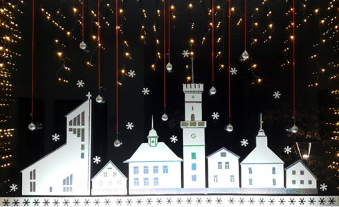 Ramių Šv.Kalėdų, laimingų Naujųjų 2018-ųjų Metų bei turiningų žiemos atostogų!