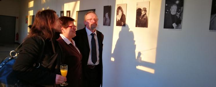 """Mindaugo Norkaus fortografijų paroda """"Akimirkos"""" ir lietuviškų filmų popietė"""