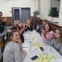 Piligrimai iš Lietuvos lankosi mūsų gimnazijoje (Foto: dr. V. Grigutis)