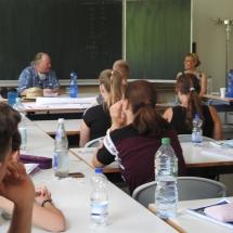 Lebendige Geschichte - Zeitzeugengespräch in Klasse 11 (Foto: Dr. G. Hoffmann)