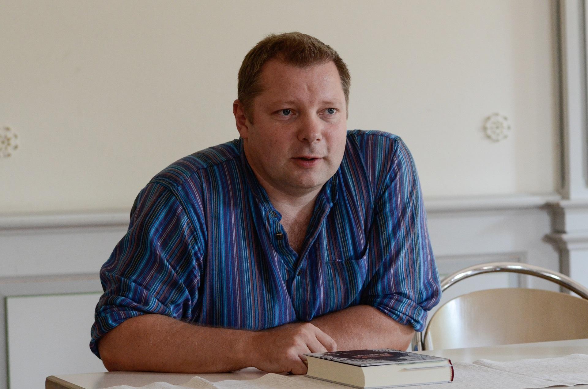 Susitikimas su rašytoju Rimantu Kmita