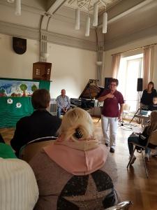 Lituanistinių mokyklėlių pažintis su Vasario 16-osios gimnazija (Foto: A. D'Elia)