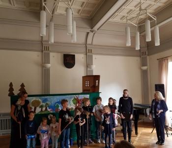 Lituanistinių mokyklėlių pažintis su Vasario 16-osios gimnazija