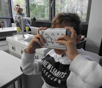 Integruotos gamtos mokslų ir IT pamokos – žvilgsnis į pasaulį pro virtualios realybės akinius