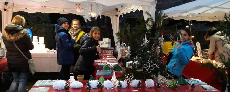 Auf dem Weihnachtsmarkt in Hofheim