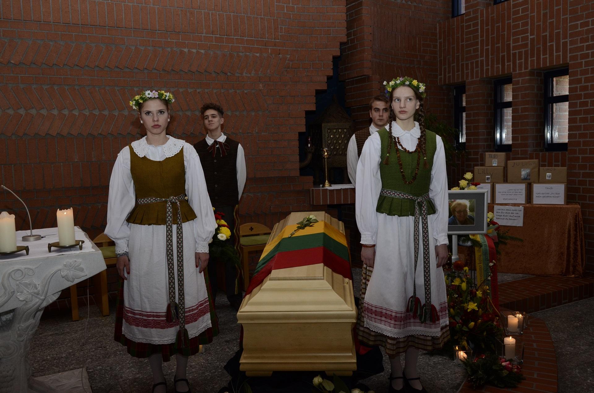 Wir trauern um Bronislava Lipschis