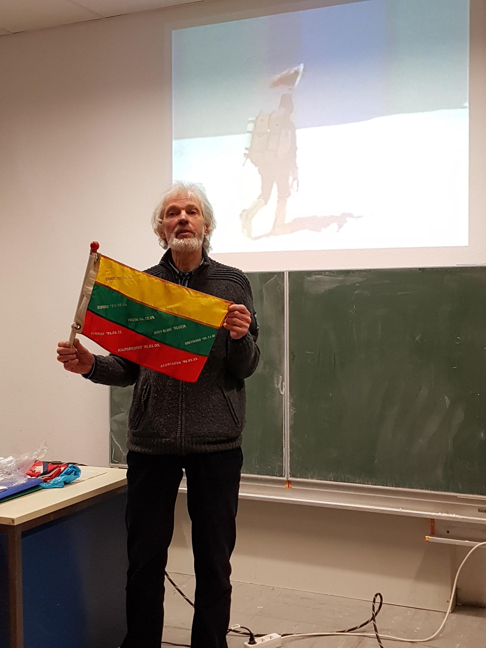 Susitikimas su alpinistu Vladu Vitkausku