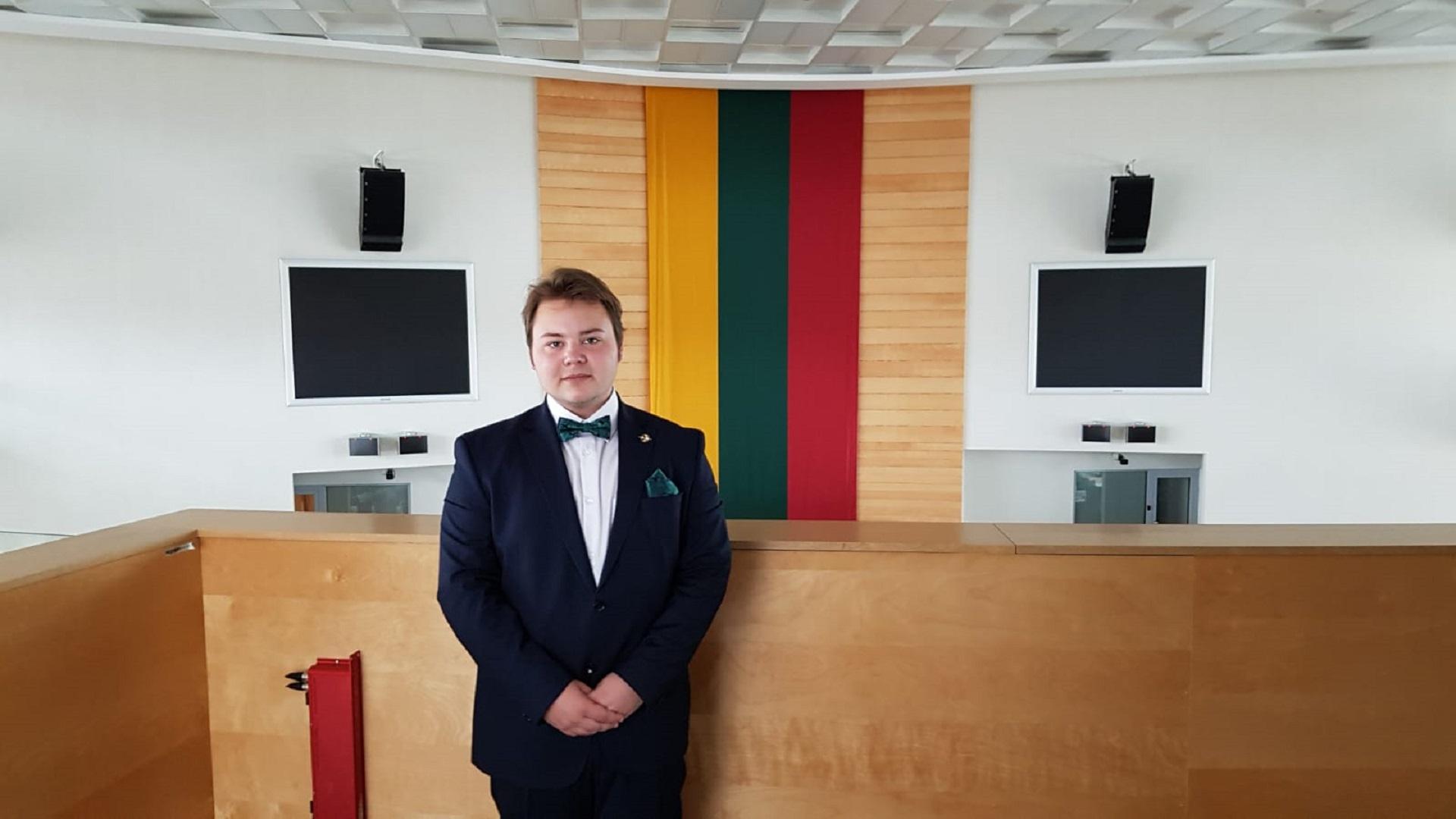 Unsere Schüler gewinnen bei Aufsatz- und Essaywettbewerb in Litauen