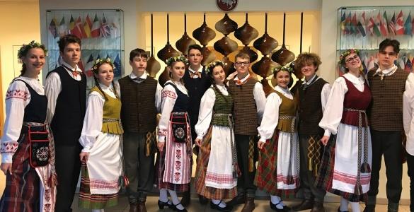 Meno kolektyvų festivalis Vilniuje