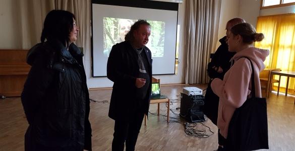 Bekannter litauischer Regisseur zu Besuch in Hüttenfeld