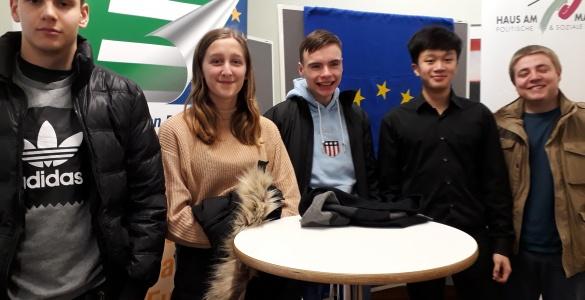 """""""Europa jetzt"""" –generationenübergreifende Diskussion im Haus am Maiberg"""
