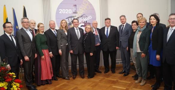 Tag der Wiederherstellung der Souveränität Litauens und der 70. Geburtstag unseres Gymnasiums