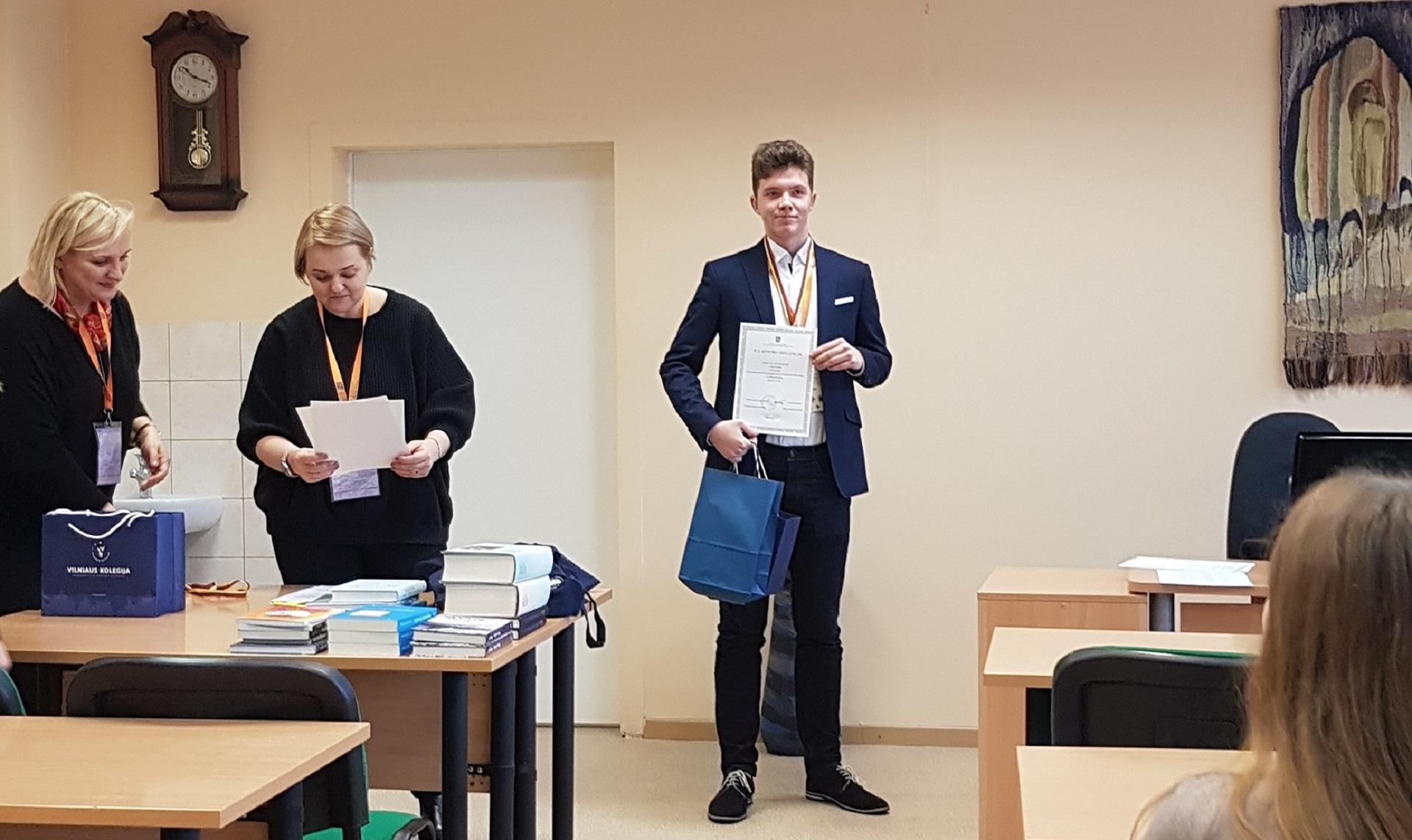 Puikus pasirodymas Lietuvių kalbos ir literatūros olimpiadoje (Foto: A. D'Elia)