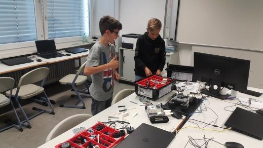 "Lego ""Mindstorms"" robotikos būrelis"