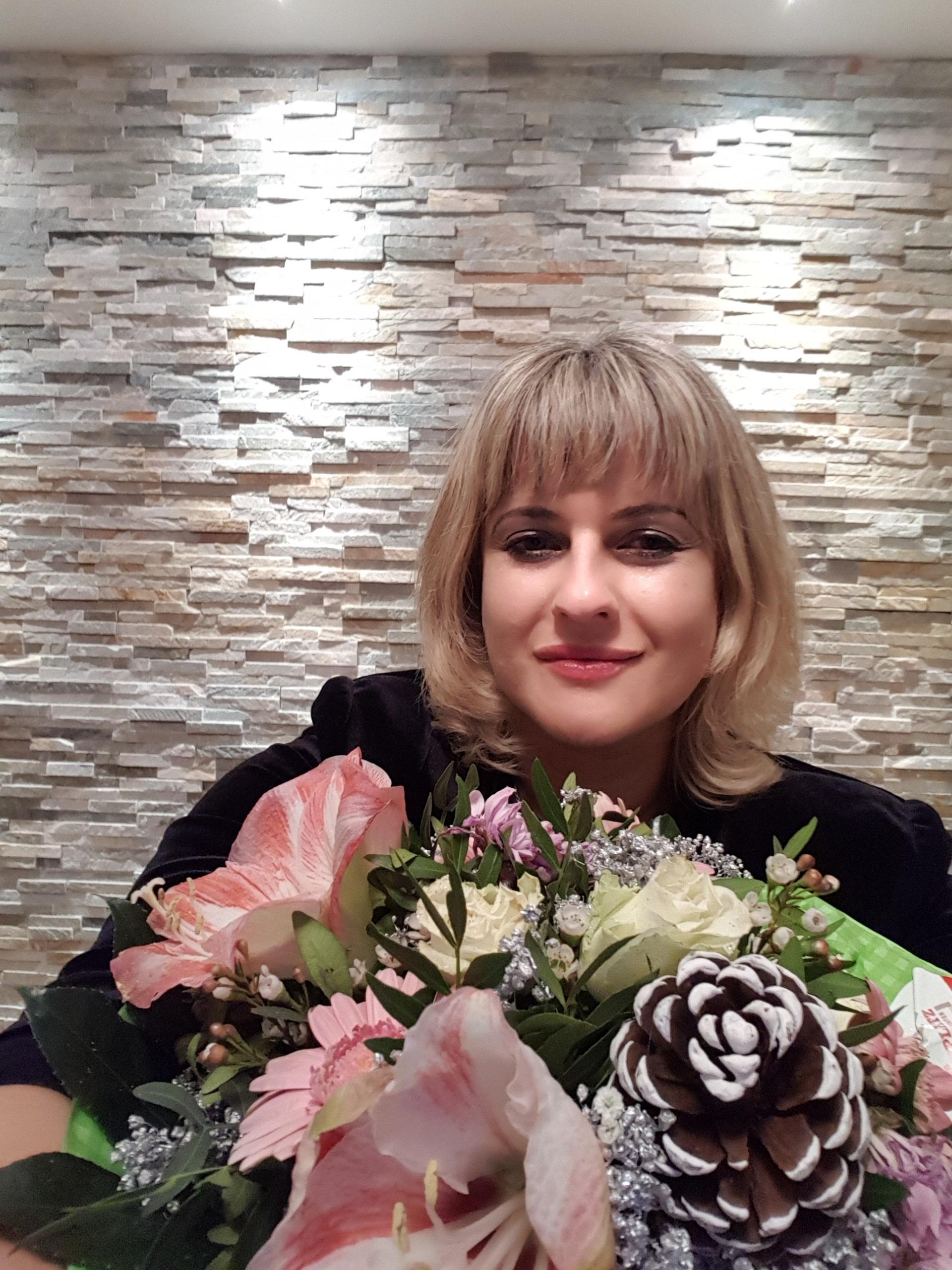 Lietuvių kalbos ir literatūros mokytoja Asta D`Elia šventė jubiliejų