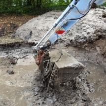 Baggeraktion für den Teich (Foto: Dr. A. Weber)